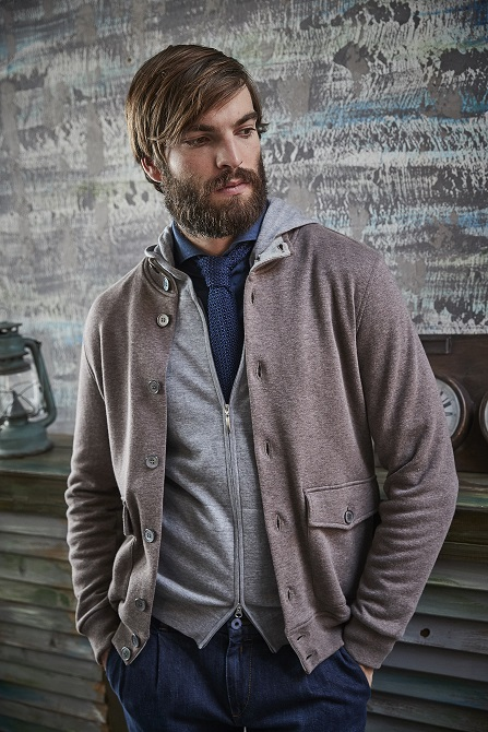 Easy wear: blouson in cotone con full zip e polo piquet