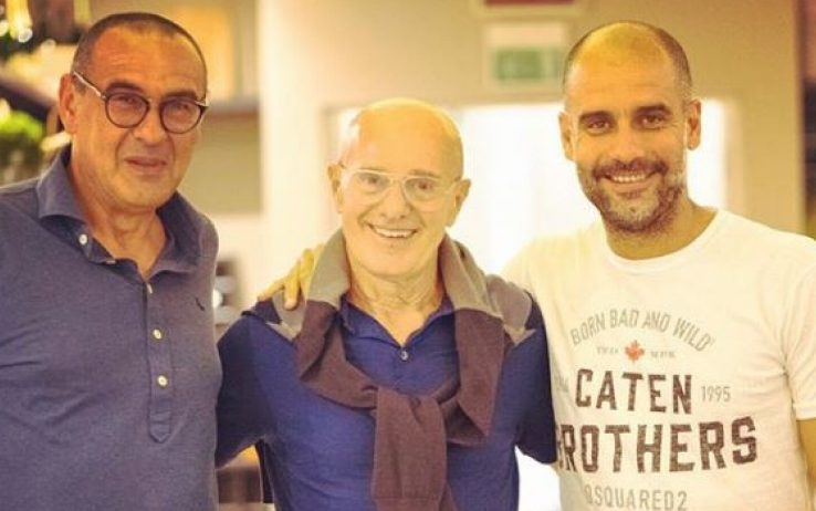 Sarri wears a Gran Sasso polo, Enrico Sacchi and Pep Guardiola